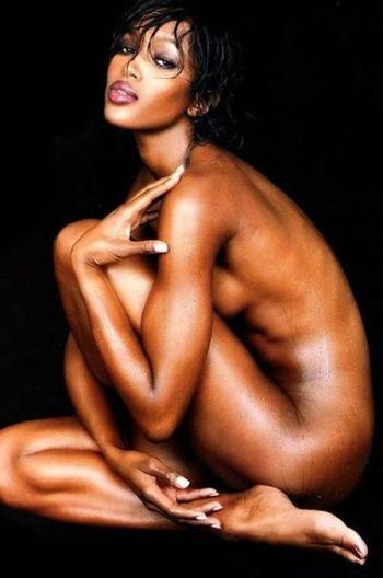 CelebMatrix Naomi Campbell